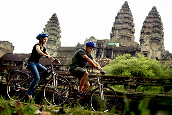 cycling-at-angkor-03-350pix