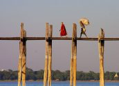 Mandalay Ubein Bridge 08 800x600