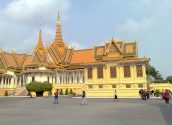 Royal Palace 03 800x600