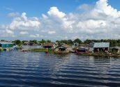 Tonle Sap floating village 08 800x600